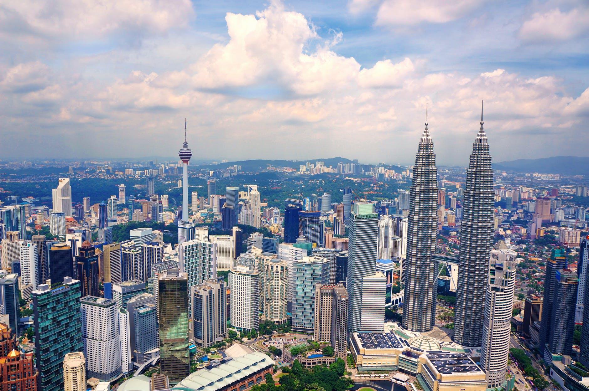 Malaysia INTERNATIONAL HONEYMOON DESTINATIONS ROMANTIC VACATIONS ON A BUDGET